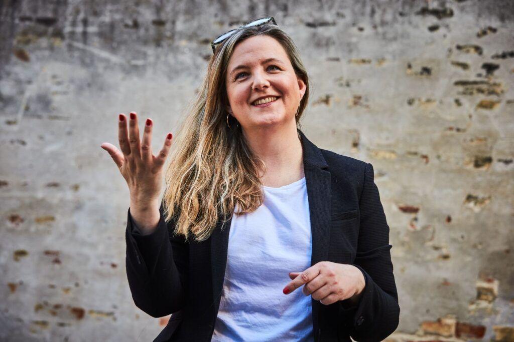 PR-agent Anne Zenon